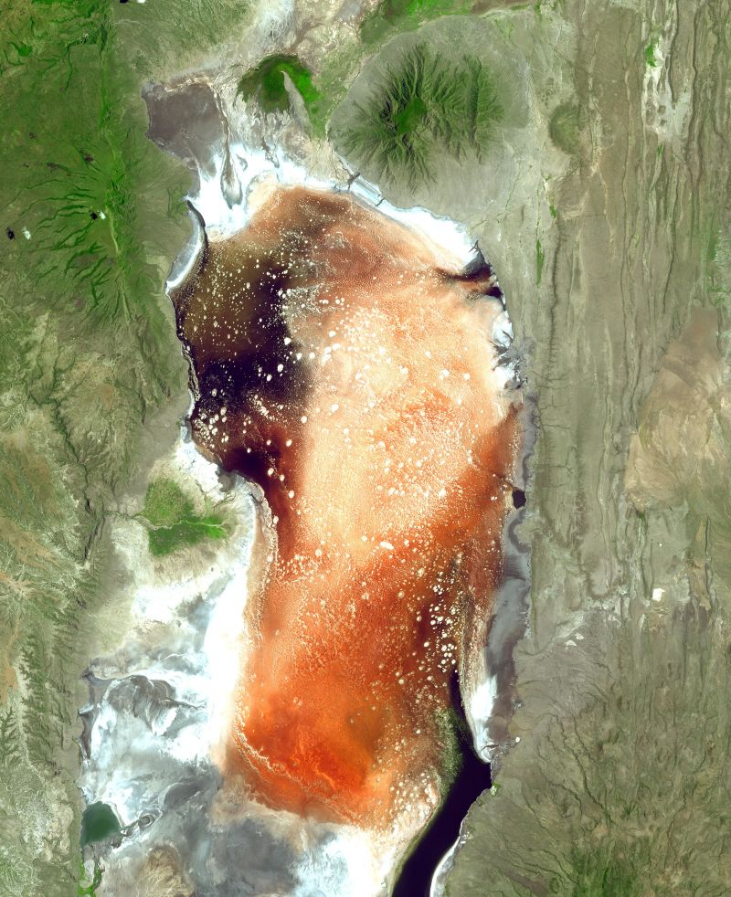 lake natron2