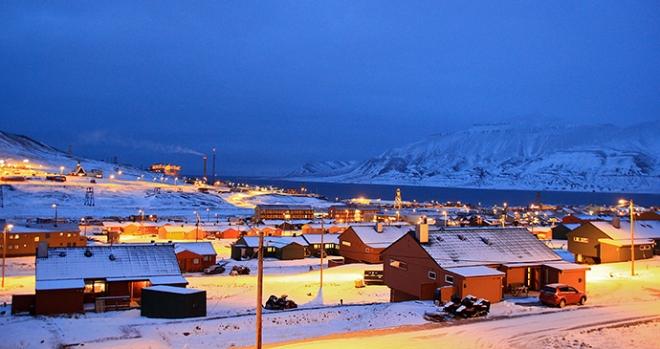 003018_Marcela_Cardenas_www.nordnorge.com_Longyearbyen